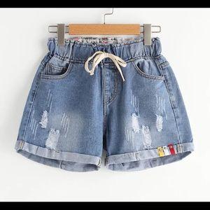 NWOT women's jean shorts